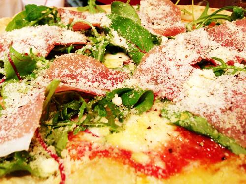 俺のイタリアン ピザ