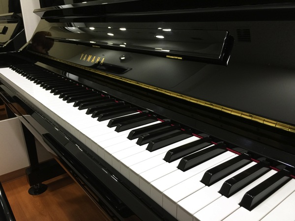 生ピアノ 都内 練習スタジオ